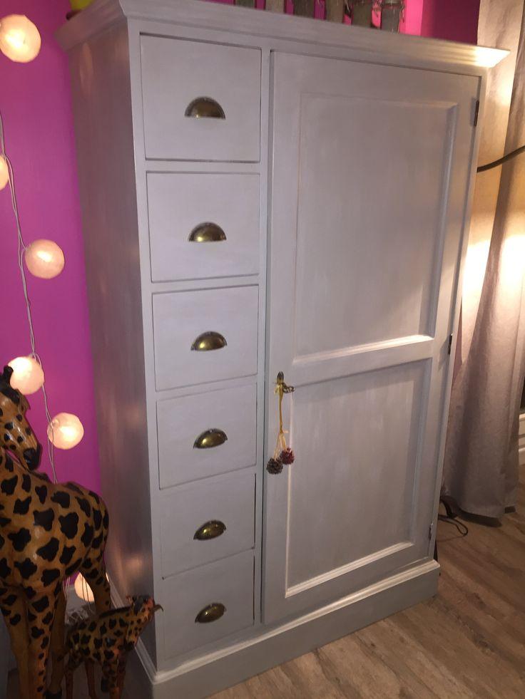 Les 25 meilleures id es de la cat gorie peinture gr ge sur for Peinture sans sous couche pour meuble