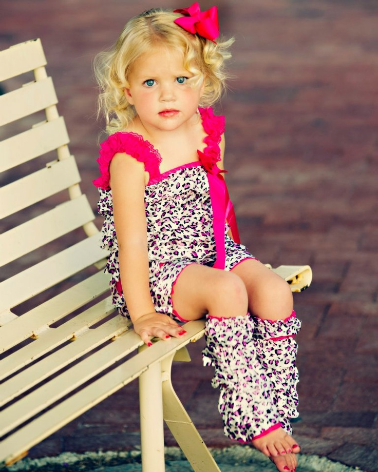 This site has ADORABLE and cheap boutique clothing for lil' girls.: Cheap Boutiques, Clothing Future, Baby Necklace, Baby Girls Outfits, Boutique Clothing, Future Kids, Girls Clothing, Lil Girls, Boutiques Clothing