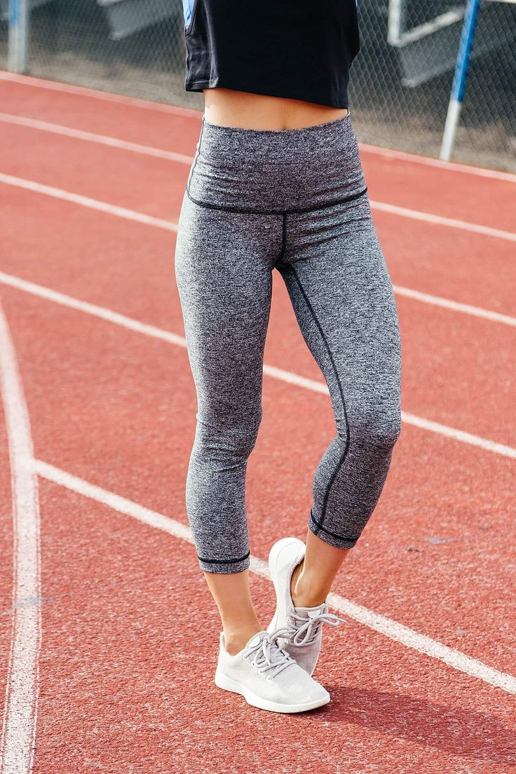 lululemon high waisted grey leggings, all birds