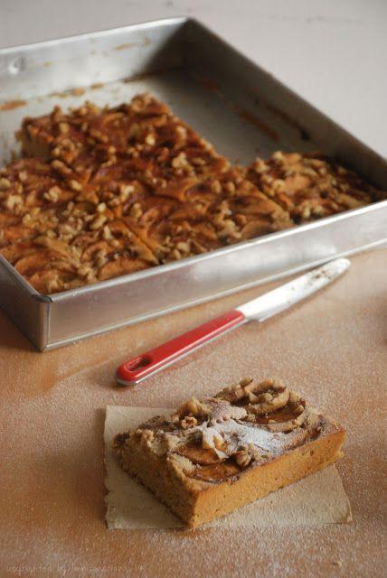 Deserve Desserts: apple and cream cheese cake