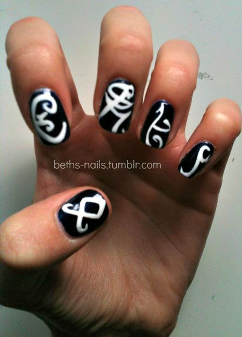 More shadowhunter nails :) Hehe So doing this for the COB premiere.