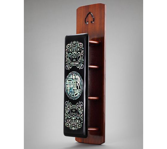 'Go-bi' the Korean traditional mailbox, made by Song Bang-Oong the Najeon (mother of pearl) Master