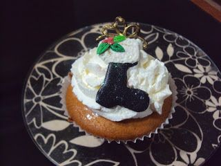 Artesanato  Doce: Decoração de cupcakes para as festas de fim de ano...