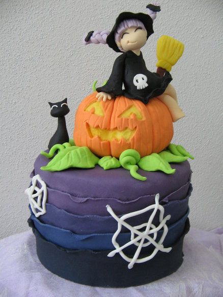 Cute halloween cake cakes pinterest Cute easy halloween cakes
