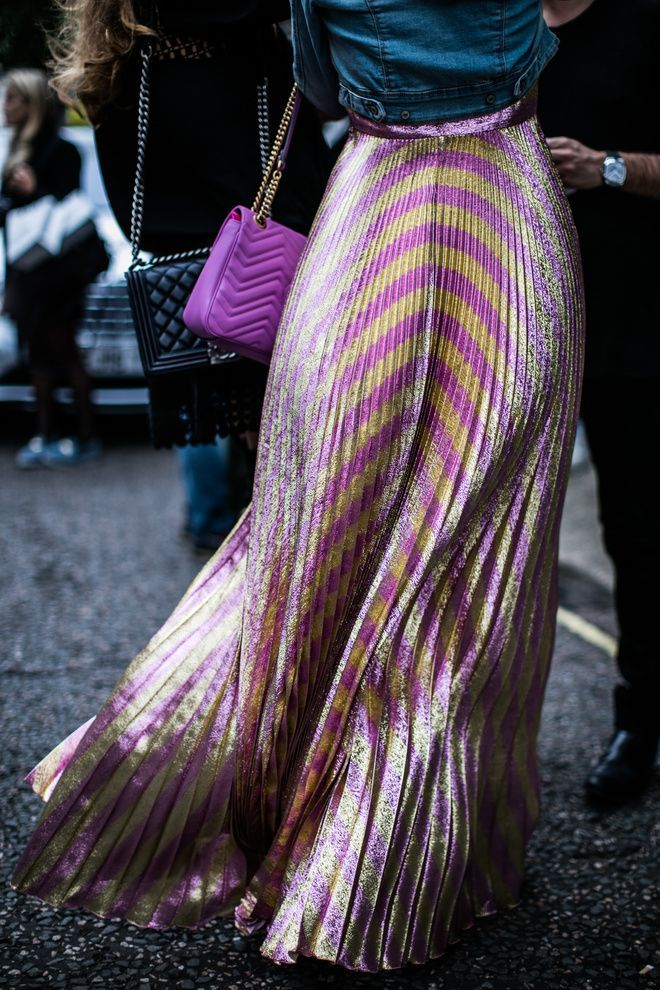 Fuchsia and stripes at Fashion Week London Spring 2017 | Jessica Anne Beere — ... - http://www.popularaz.com/fuchsia-and-stripes-at-fashion-week-london-spring-2017-jessica-anne-beere/