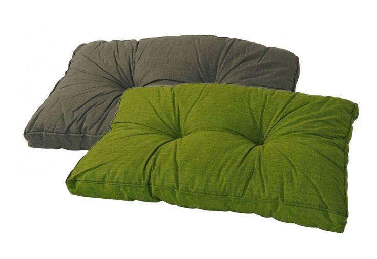 Loungekussens Madison 73x43 basic met diverse toepassingsmogelijkheden in een effen kleuren met goede eigenschappen. Met dit loungekussen geef je je bestaande loungeset weer een nieuw leven.