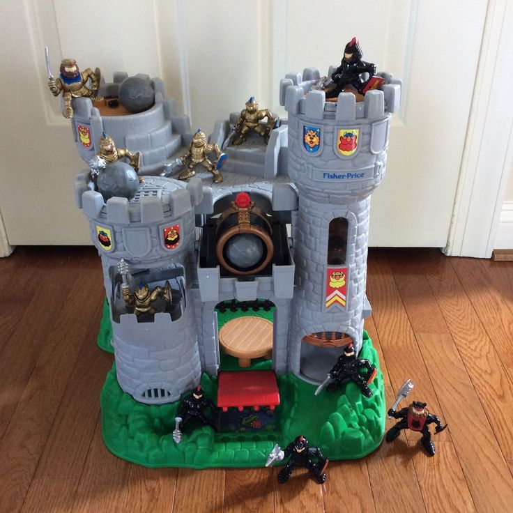FISHER PRICE VINTAGE GREAT ADVENTURES CASTLE | eBay