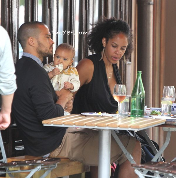 Grey's Anatomy : Jesse Williams LUNCHES With His Wife Aryn Drake Lee ...