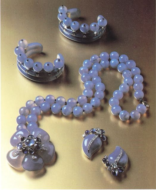 The Duchess of Windsor's blue chalcedony, diamond & sapphire suite.  Fred Leighton's personal collection.