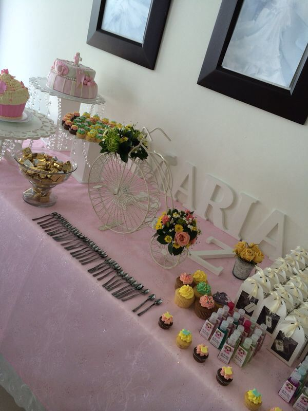 Bautizo María paz mesa dulces