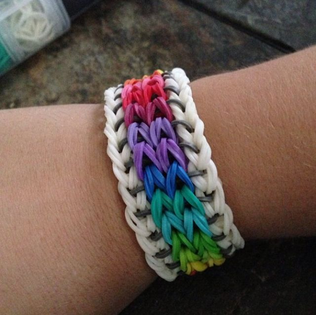 790 best Rainbow loom fun images on Pinterest | Rainbow ...