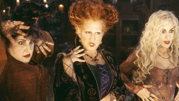 Hocus Pocus (1993) | 23 Movies Guaranteed To Get You In The Autumn Mood
