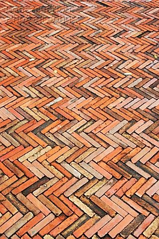 paving patterns spain