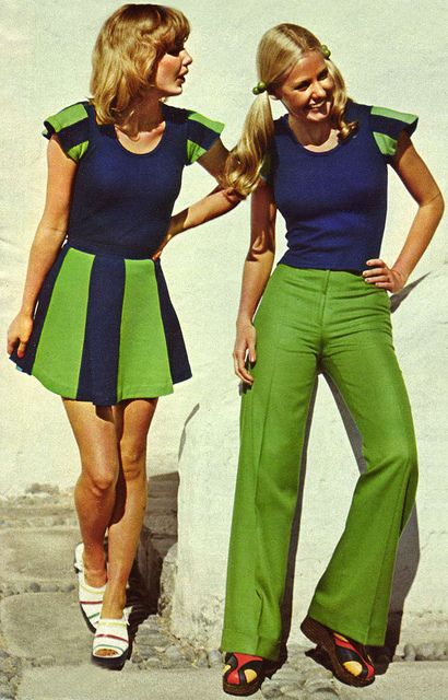 70s fashion - Blue and Green should never be seen...that's a silly saying...these colors are a good art deco combo...