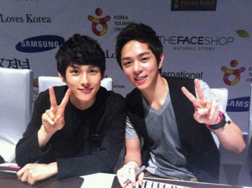 Siwan & Junyoung of ZE:A: Krean Lves, L Ve, Lve Stars