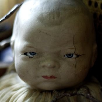 creepy victorian dolls | List Of The Day: 13 Creepy Dolls Who Will Kill You In Your Sleep (Of ...