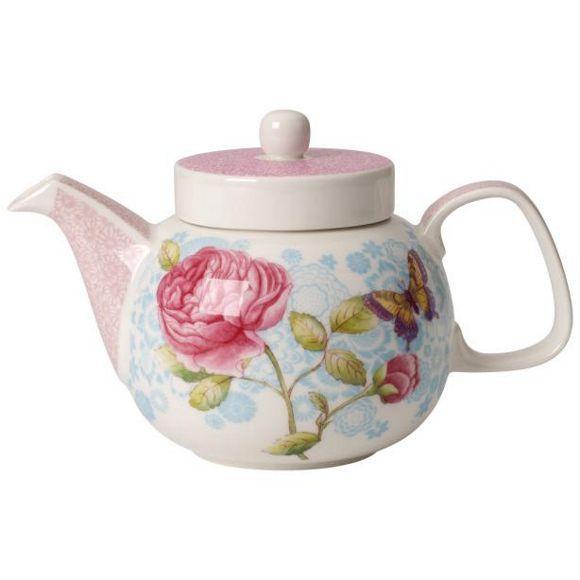 Diese Teekanne vereint zwei englische Traditionen: romantischen Landhausstil und traditionellen Teegenuss! Die Kanne wurde aus edlem Porzellan gefertigt und mit einem romantischen Blumendekor verziert. Die filigranen Muster auf Deckel und Tülle sowie die gedeckten Farben verleihen der kleinen Kanne einen einzigartigen Charme. Das Porzellangefäß von VILLEROY & BOCH fasst ca. 0,6 Liter Tee. Welche Sorte Sie daraus genießen, bleibt Ihnen überlassen: Bleiben Sie klassisch