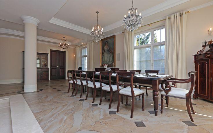 #homestate #homeestate #realestate #premium #dinningroom #table #elegant #classy #interior #design