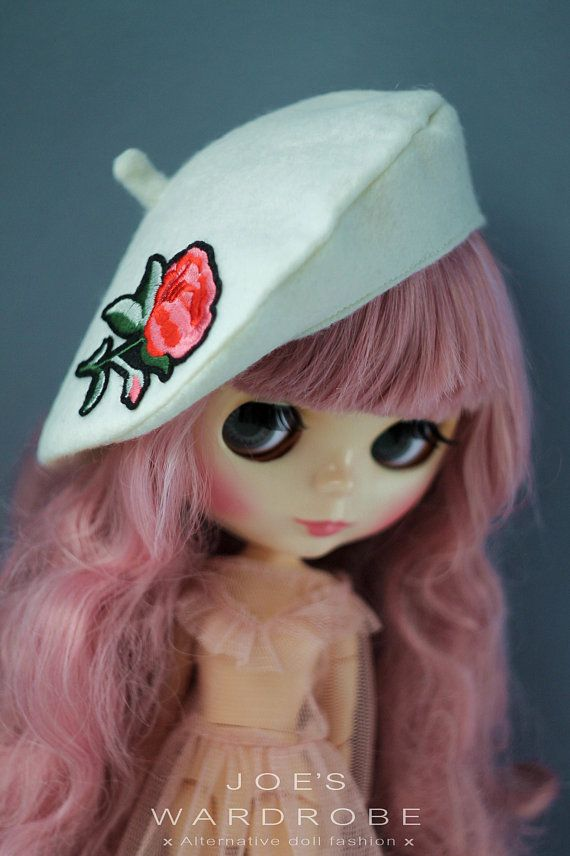 Handmade White Beret for Blythe doll clothes hat high fashion outfit #blythe #blythedoll #blythe_hat #blythehat #blytheberet #blythe_beret #blythesale #Блайз #blytheclothes #blythe_clothes #blytheoutfit #blythe_outfit #customBlythe #doll #dolls #doll_outfit #dolls_outfit #dollfashion #dollsfashion #dollclothes #doll_clothes