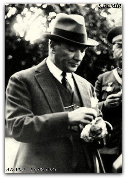 Atatürk Adana'da. 1931