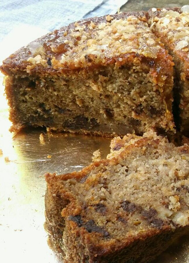 Cake de plátano con crumble de avena y dulce de leche
