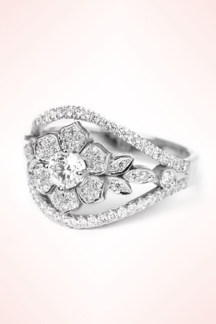 25 Best Ideas About Flower Diamond Rings On Pinterest