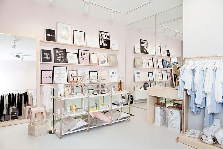 boutique belgique rosa schrank wohnaccessoires