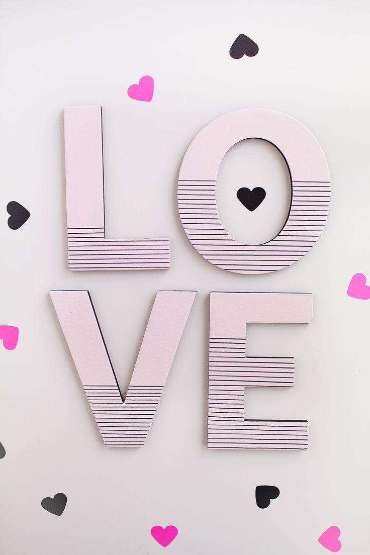 The 25+ best DIY Valentine\u0027s signs ideas on Pinterest | Diy ...