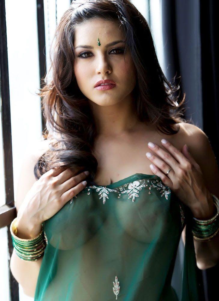 Красивая индийская девушка большим сиськами фото — 3
