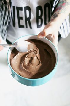 Dark Chocolate Peanut Butter Smoothie Bowl - A Beautiful Mess