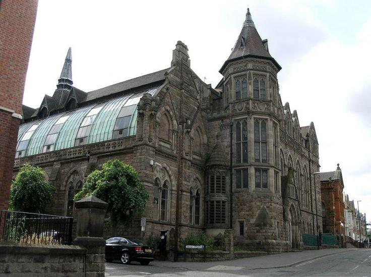 http://www.britishlistedbuildings.co.uk/en-402296-college-of-art-annexe-/photos