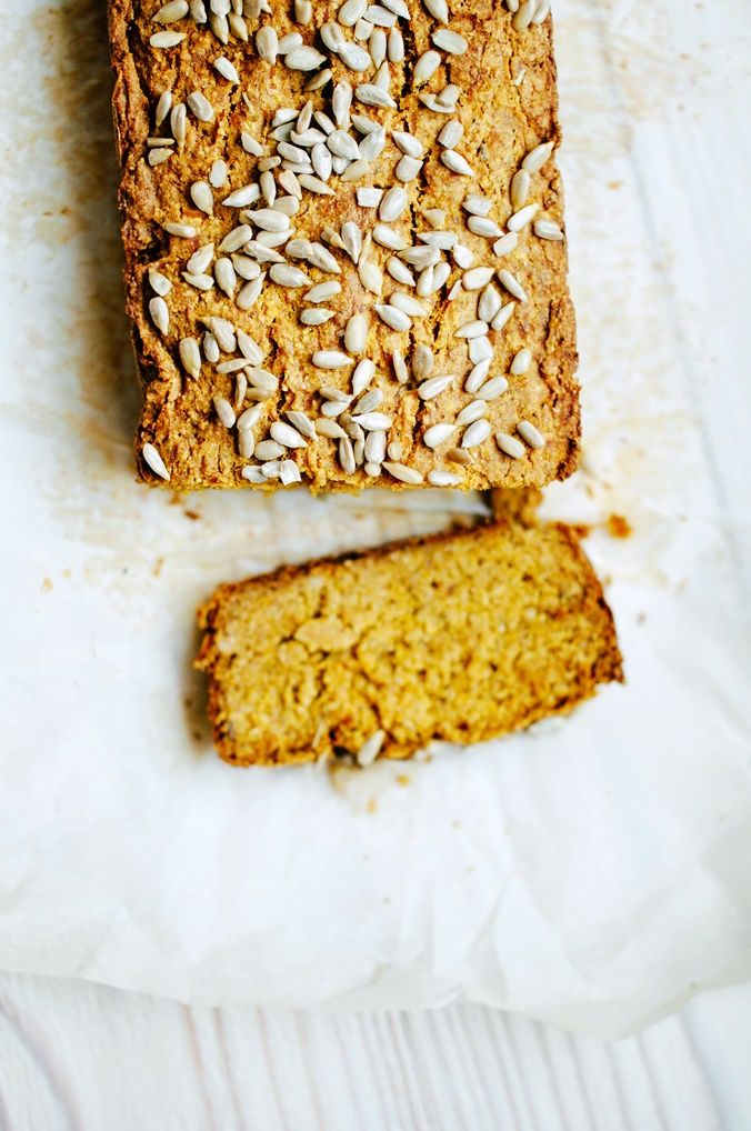 Rosemary & oregano pumpkin bread (vegan and gluten-free)