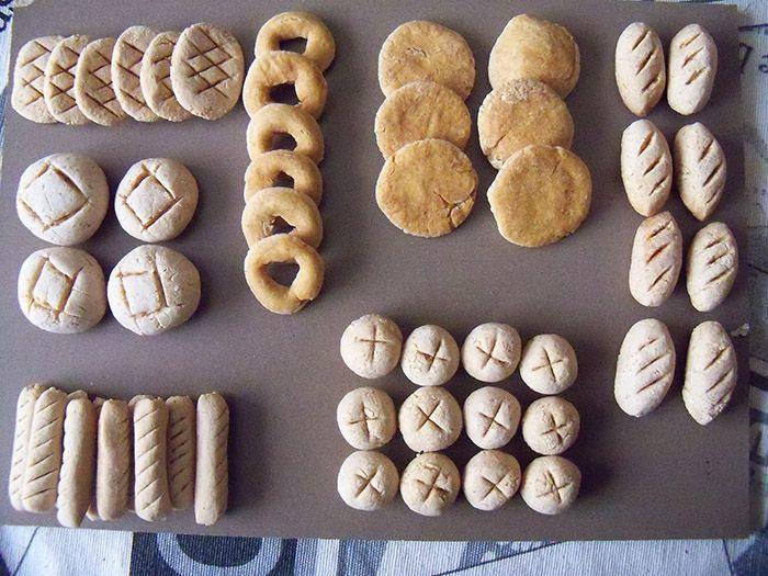Foro de Belenismo --> Panes con pasta de sal, en comentarios se ven las medidas de los panes