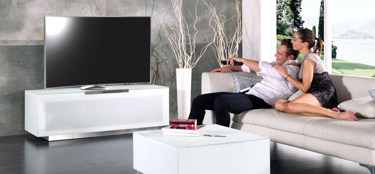 Italialainen valkoinen TV-taso. Munari - vallaste.fi