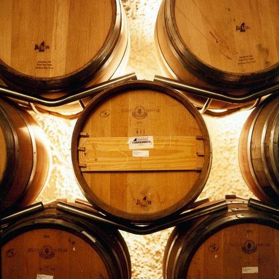 Wine Tasting Experiences: Justin Vineyards & Winery