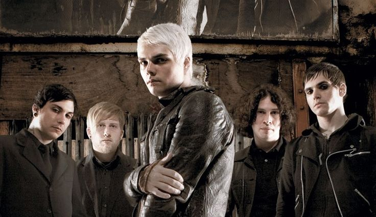 """Check out """"MCR Quiz <3"""" on Qzzr"""
