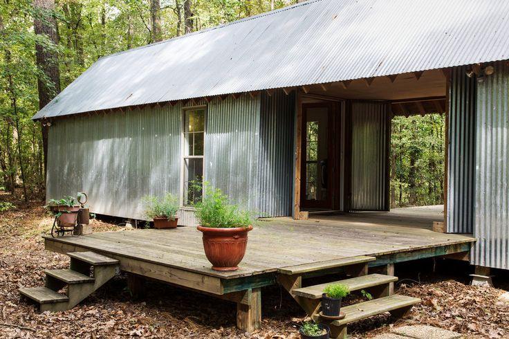 Terrie Moffitt and Avshalom Caspi's interpretation of Stephen Atkinson's dogtrot house Love the deck off the back...