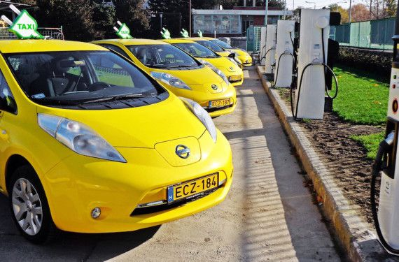 Over 550 Nissan Electric Taxis In Europe. --- Nov. 2015