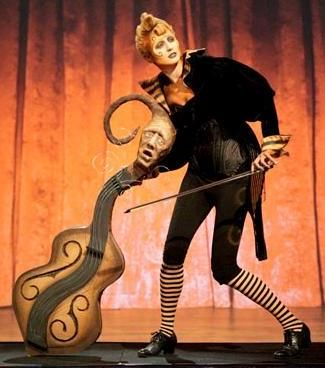 I want to be a tim burton cello for Halloween! Rayce Bird wins season 2 of Face Off  [Rayce Burtonesque creation rev]
