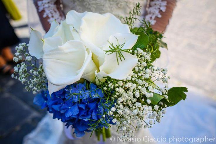 Bouquet Sposa calle bianche e ortensia blu