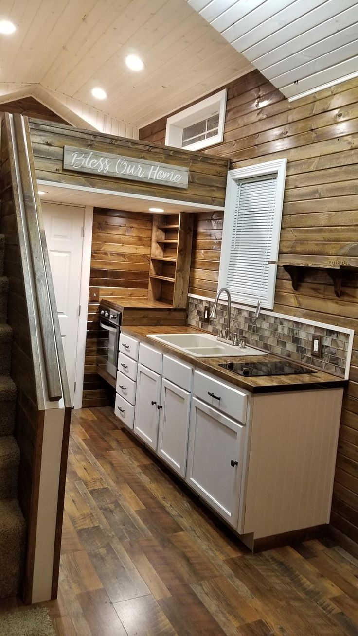 Islander of Titanium Tiny Homes