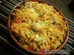 Ταλιατέλες στο φούρνο με ντομάτα και τυριά