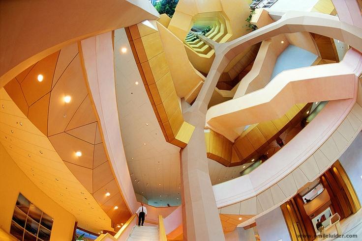 Gasunie gebouw by architects Alberts en van Huut, Groningen, Holland.