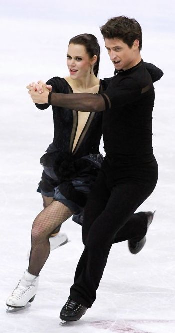 "Tessa Virtue and Scott Moir perform to ""Carmen"" at 2012 Skate Canada"