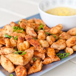 Chicken poppers with honey mustard dip