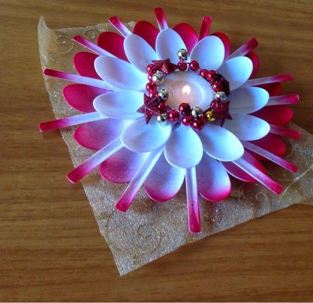 Buongiorno!!!! Lavoretto per Natale: piccolo lumino realizzato con cucchiaini di plastica. Come ho scritto nel titolo, questo progetto...