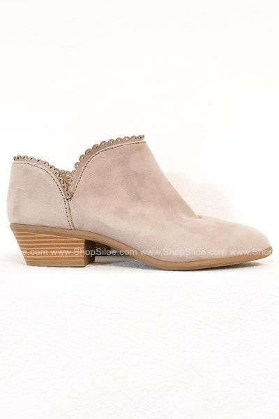 36feb68357249 Classy Anne Booties in 2019 | Shoes Shoes Shoes | Shoes, Suede booties,  Classy