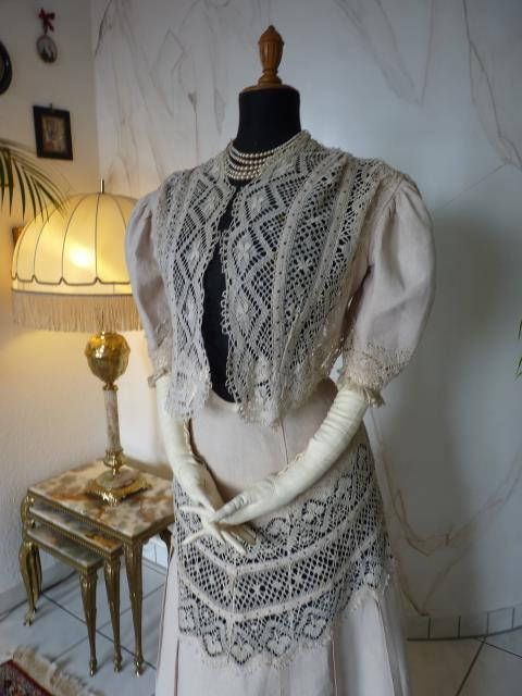 This is a beautiful example of lace insertion
