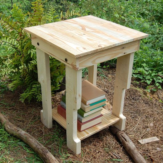 End Table/ Side Table/ Pallet / Reclaim by LooneyBinTradingCo