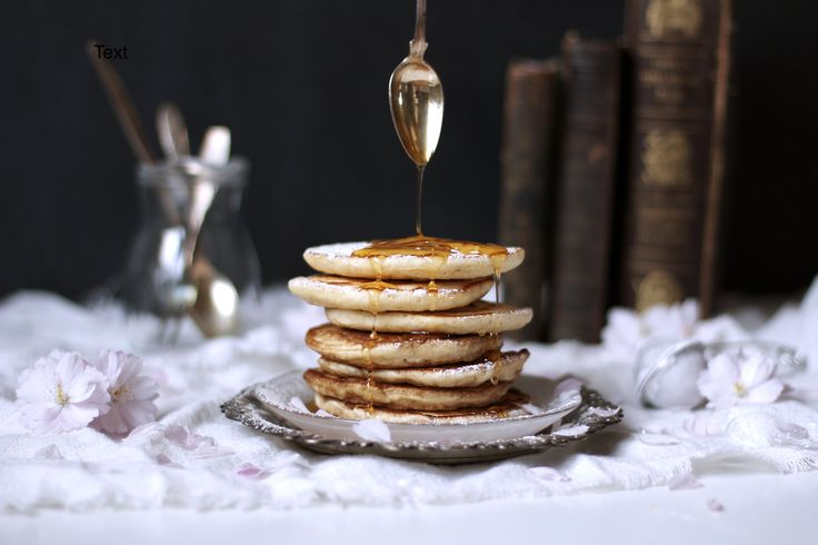 American pancakes with maple syrup, the perfect breakfast!